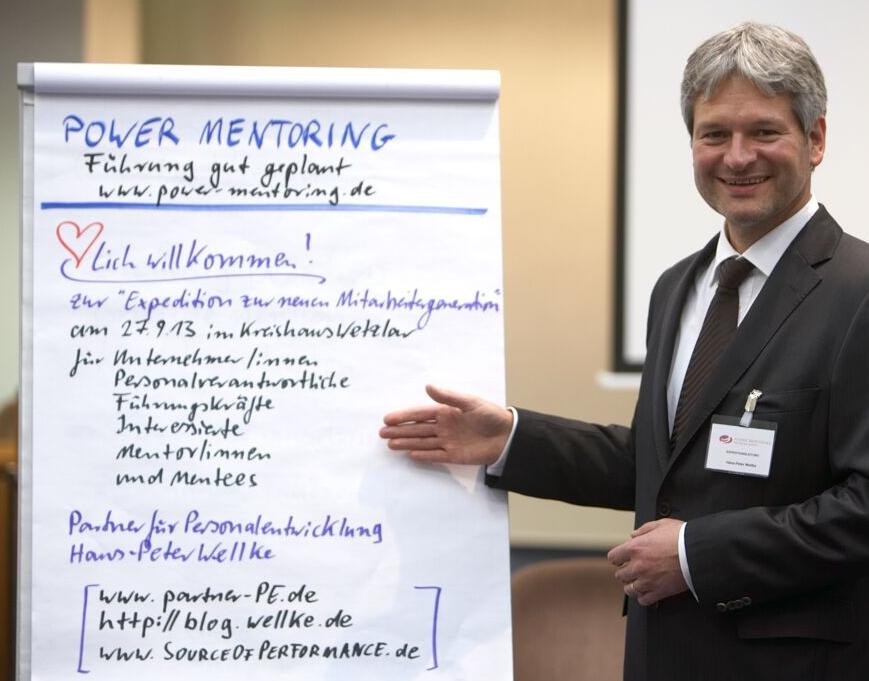 Konferenzmoderation mit neuem Konferenzdesign_Hans-Peter Wellke_Power Mentoring_Sabiene Döpfner_Generation Y